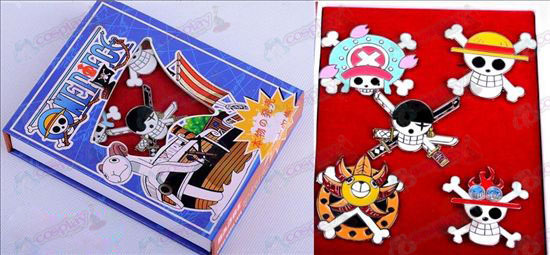 One Piece Accessories section brooch set five years after